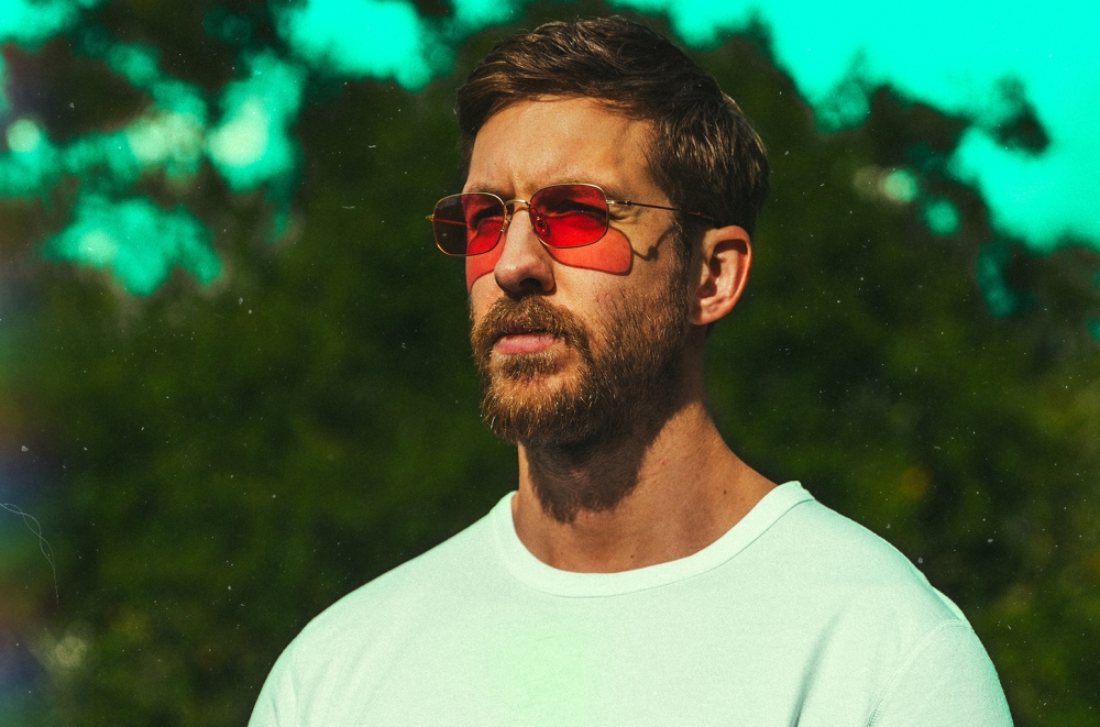 calvin-harris-2017-press-billboard-1548.jpg