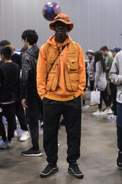 http-hypebeast.comimage201709sneaker-con-melbourne-streetsnaps-19