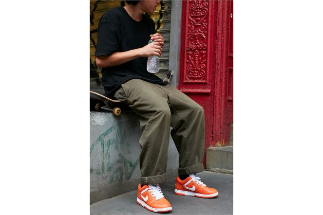 http-hypebeast.comimage201709supreme-nike-sb-2017-official-0000